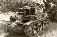 Asisbiz French Army Renault R35 support tank captureded France 1940 web 01