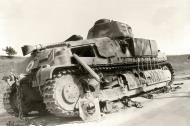Asisbiz French Army Somua S35 White 7 knocked out along a roadside France June 1940 ebay 01