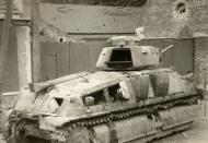 Asisbiz French Army Somua S35 abandoned in a street battle of France June 1940 ebay 01