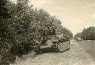 Asisbiz French Army Somua S35 sits abandoned along a roadside France June 1940 ebay 01