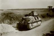 Asisbiz French Army Somua S35 sn 10755 White 8 abandoned along a roadside France June 1940 ebay 01