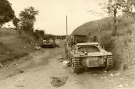 Asisbiz French tanks destroyed at Montbrehain battle of France 1940 ebay 01