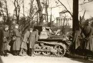 Asisbiz Wehrmacht Panzer I Ausf.B PzKpfw 1 with German troops France 1940 ebay 01