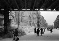Asisbiz Russian archives photos showing the carnage of war as civilians adjust to the devastation 05