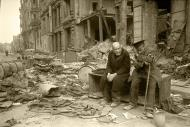 Asisbiz Russian archives photos showing the carnage of war as civilians adjust to the devastation 16
