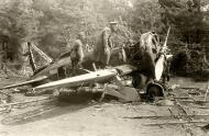 Soviet AF Polikarpov I 16 rat being inspected by German officers 1941 01