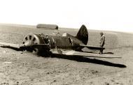Asisbiz Soviet AF Polikarpov I 16 red 39 lies abandonded after a forced landing on a Russian field 1941 01