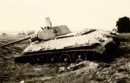 Asisbiz Soviet T 34 tank 503 lies abandoned in a ditch 1941