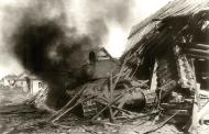 Asisbiz Soviet T 34 tank detroyed after a battle with German forces 04