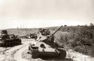 Asisbiz Soviet T 34 tanks lie abandoned during the retreat to Stalingrad after battling German forces 01
