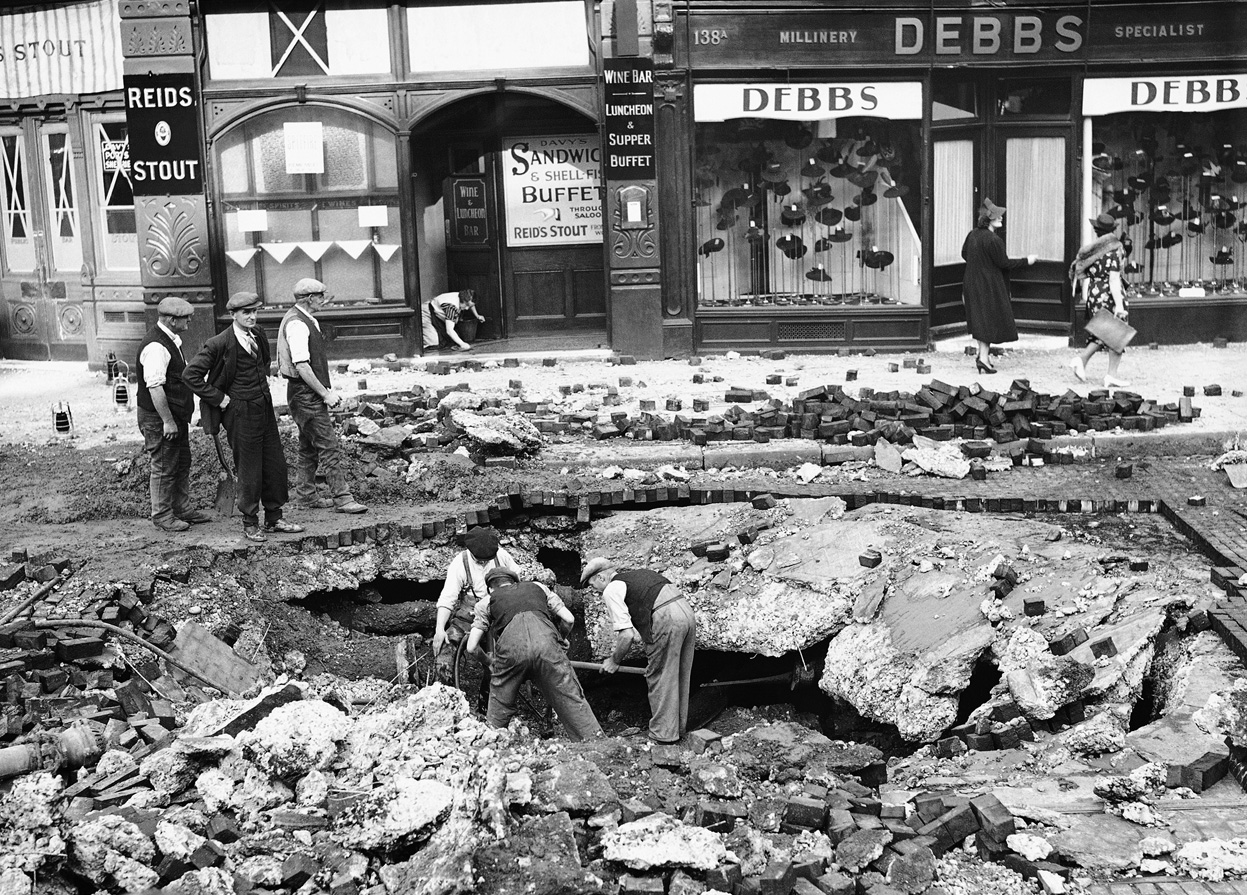 Asisbiz battle of britain air raid caused only road damage for How many homes were destroyed in germany in ww2