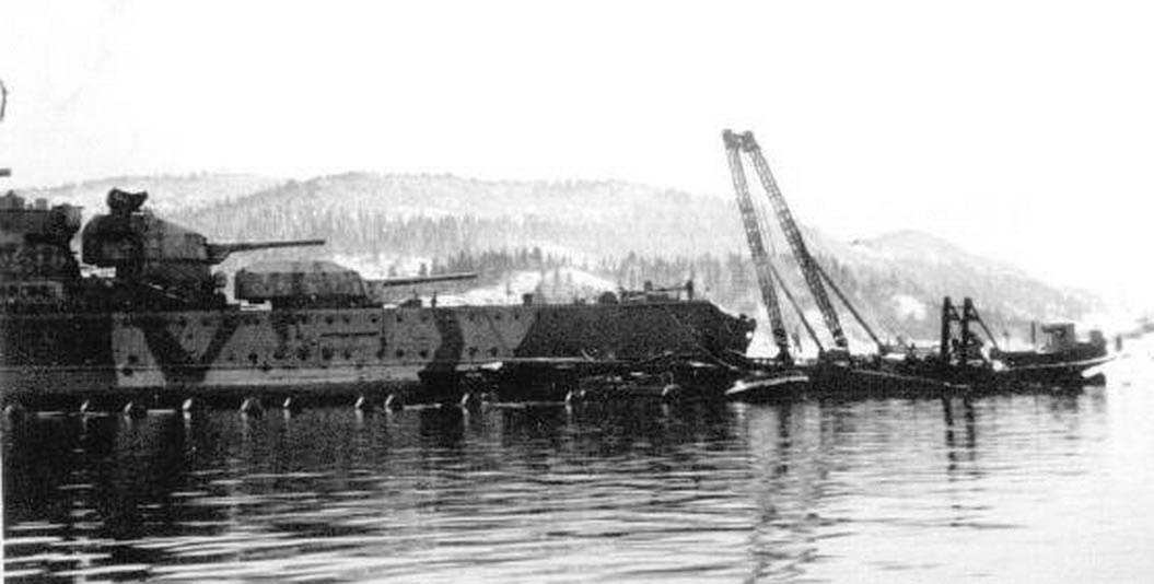 Kriegsmarine Cruiser KMS Prinz Eugen 03