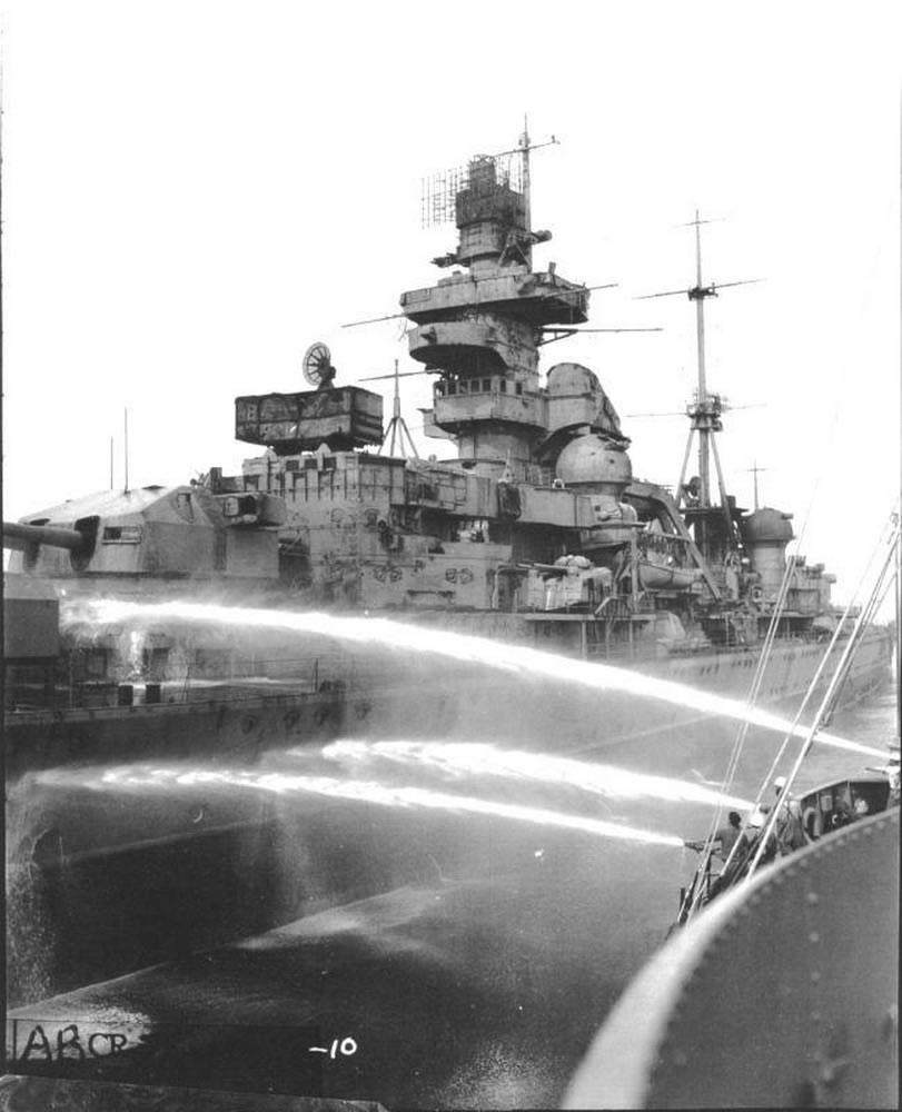 Kriegsmarine Cruiser KMS Prinz Eugen 10