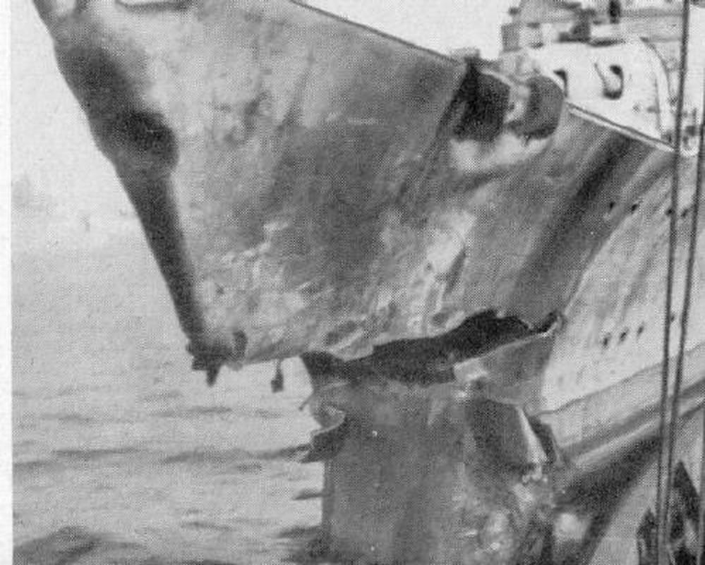 Kriegsmarine Cruiser KMS Prinz Eugen 17