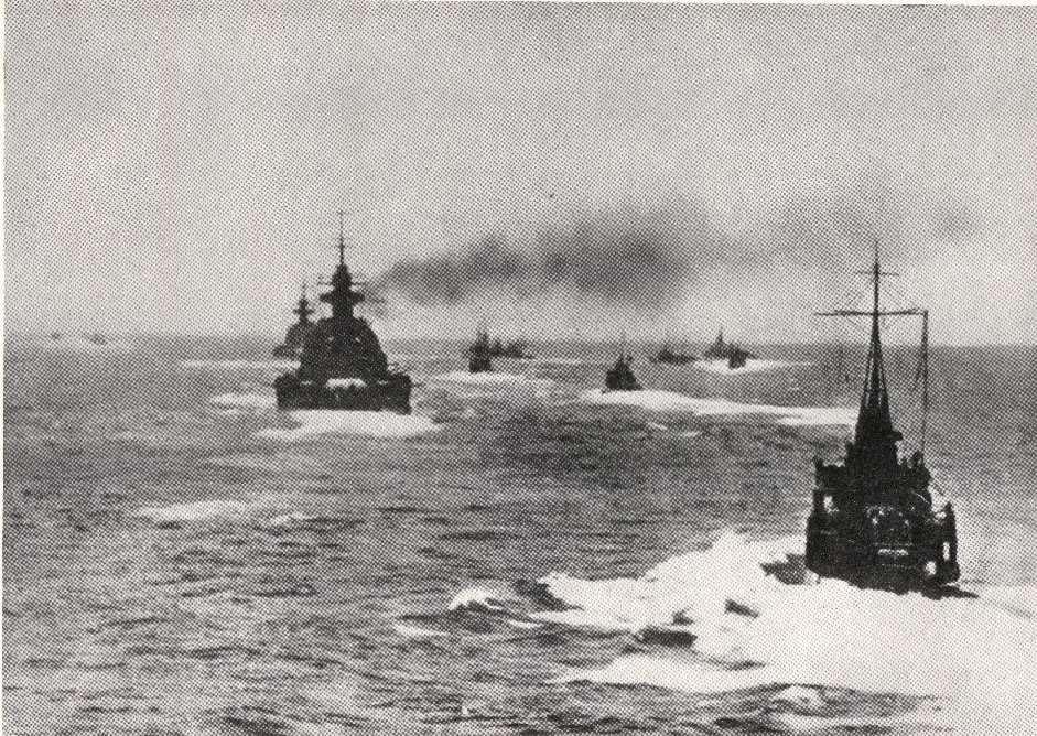 Kriegsmarine Cruiser KMS Prinz Eugen and battlecruiser KMS Scharnhorst Operation Donnerkeil Feb 1942 02