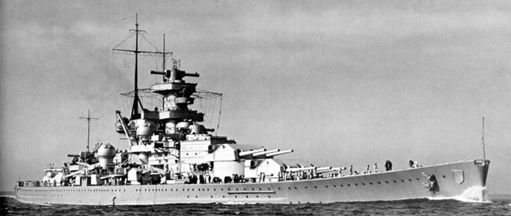 Kriegsmarine-Scharnhorst-class-battlecru