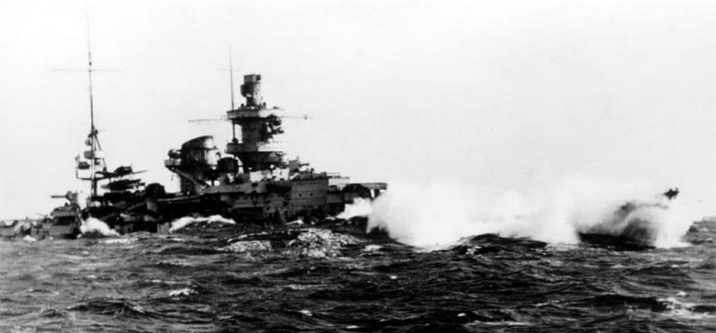 Kriegsmarine Scharnhorst class battlecruisers battleship KMS Scharnhorst during operation Berlin 03