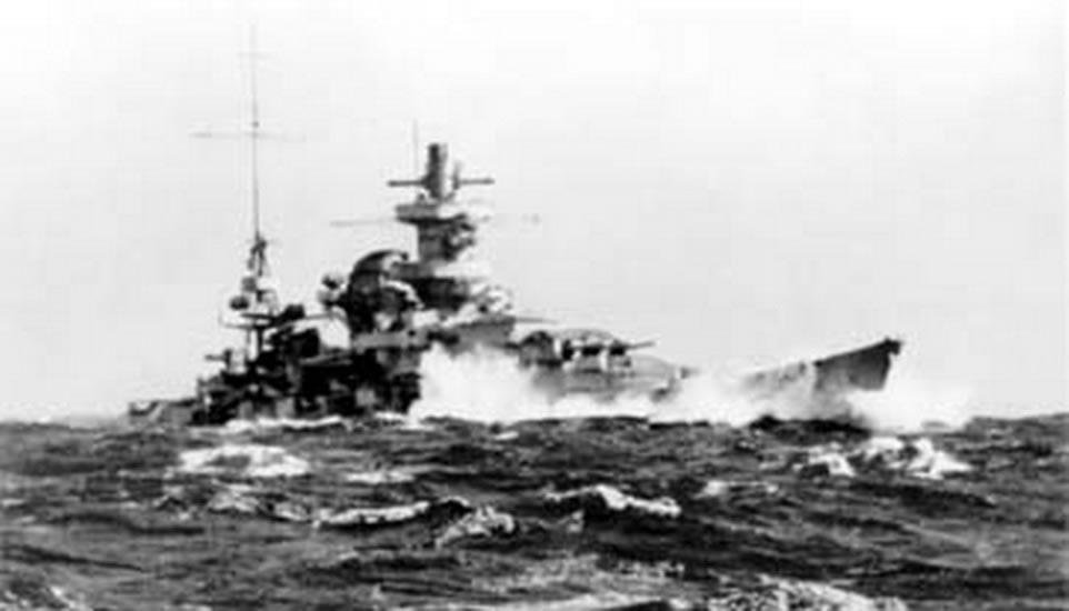 Kriegsmarine Scharnhorst class battlecruisers battleship KMS Scharnhorst during operation Berlin 04