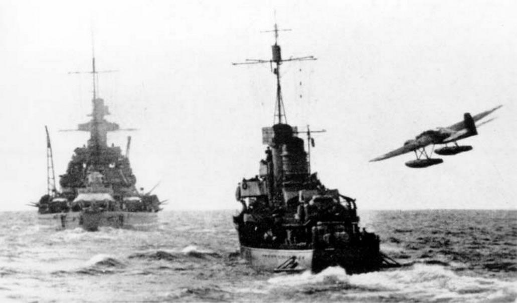Kriegsmarine Scharnhorst class battlecruisers battleship KMS Scharnhorst northern patrol attack 02