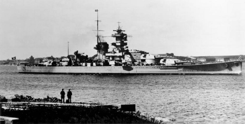 Kriegsmarine battleship KMS Gneisenau Sea trials 01