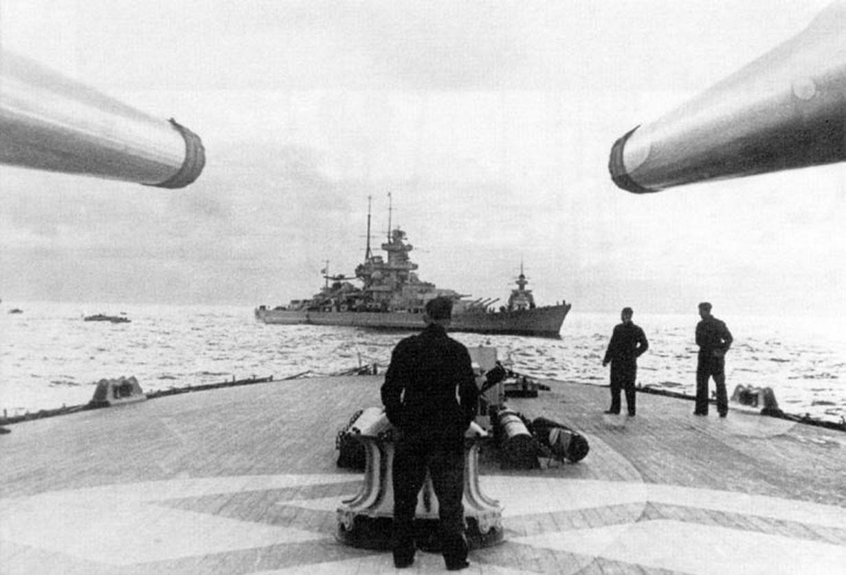Kriegsmarine battleship KMS Gneisenau during operation Juno 01