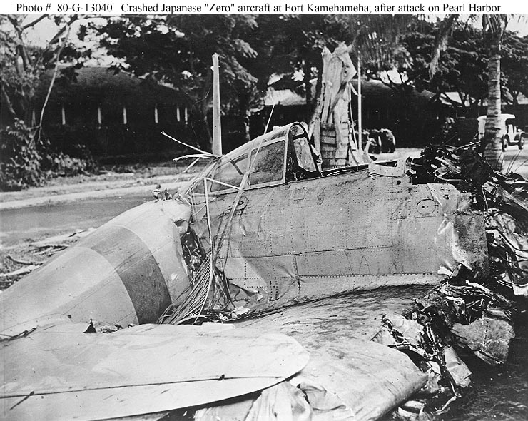 Archive USN photos showing a downed Zero at Fort Kamehameha Perl Harbor Hawaii 7th Dec 1941 01