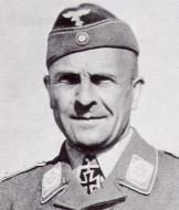 Luftwaffen Commander Fritz Morzig 01