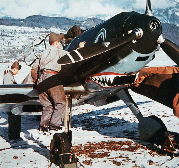Bf 109E3 Swiss Fliegertruppe showing its tiger teeth