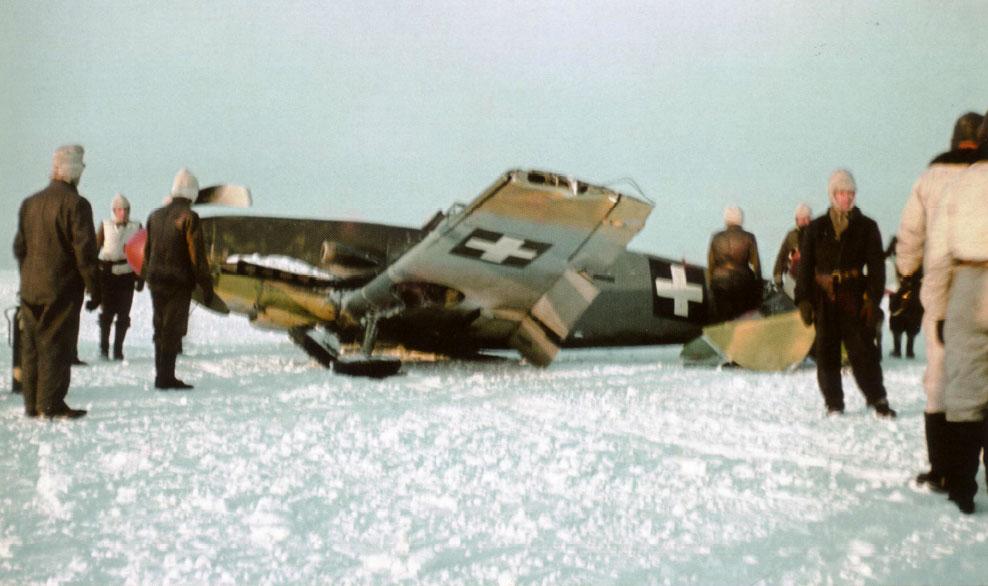 Bf 109F RHAF 101.5 (V +08) Hungary 1942 04