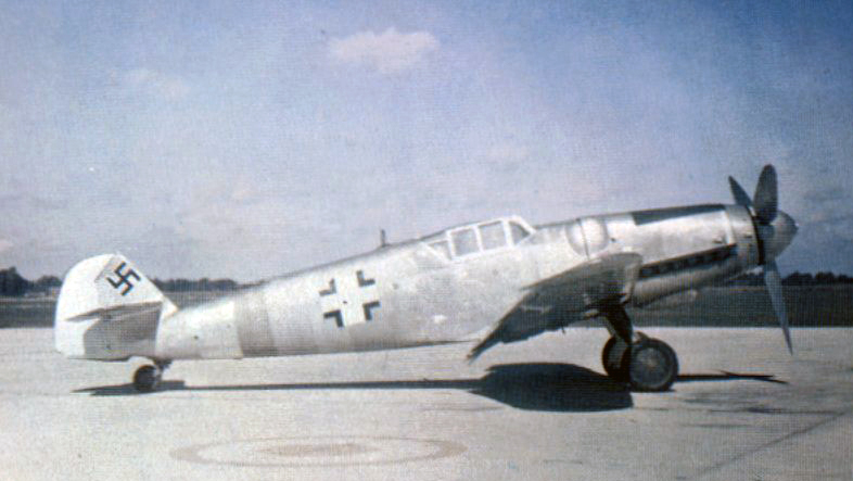 Bf 109G6 stripped down
