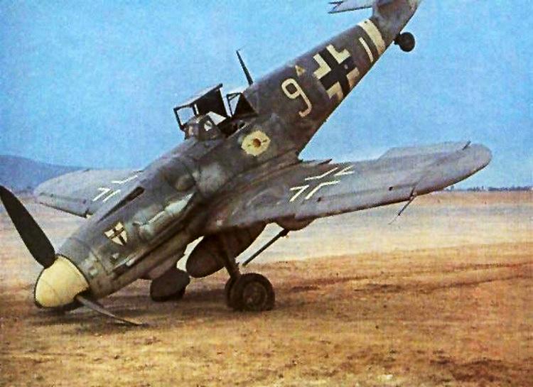 Bf 109G6Trop 7.JG27 (W9+I) Clade Greece 1944