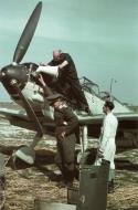 Asisbiz Bf 109E3 7.JG26 (W13+I) Walter Blume Caffiers France 1940 03