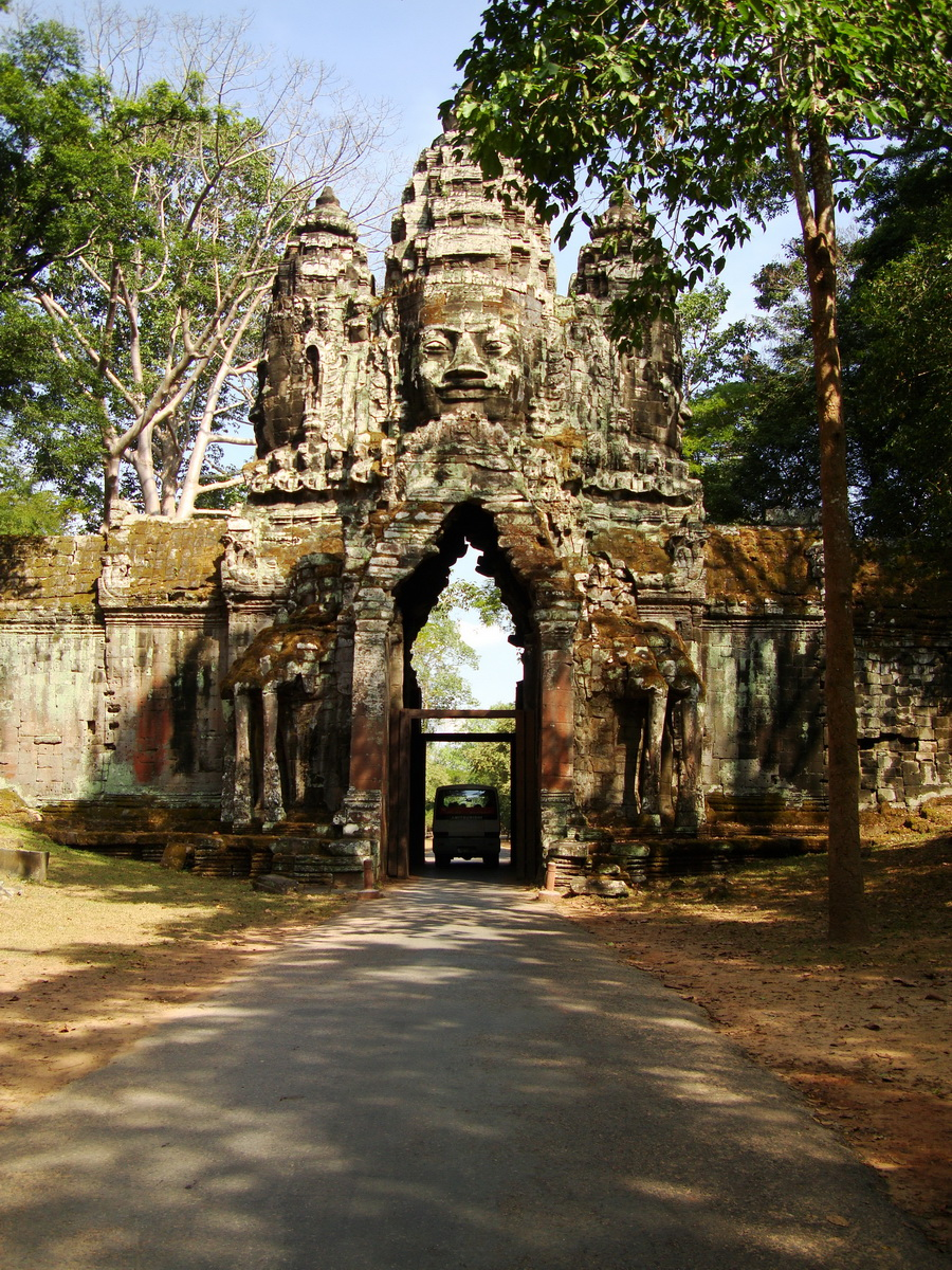 Angkor Wat style architecture North Gate Jan 2010 14