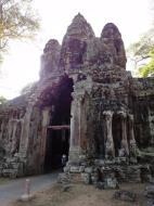 Asisbiz Angkor Wat style architecture Victory Gate Jan 2010 01