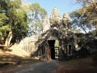 Asisbiz Angkor Wat style architecture Victory Gate Jan 2010 02