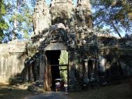 Asisbiz Angkor Wat style architecture Victory Gate Jan 2010 05