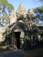 Asisbiz Angkor Wat style architecture Victory Gate Jan 2010 07