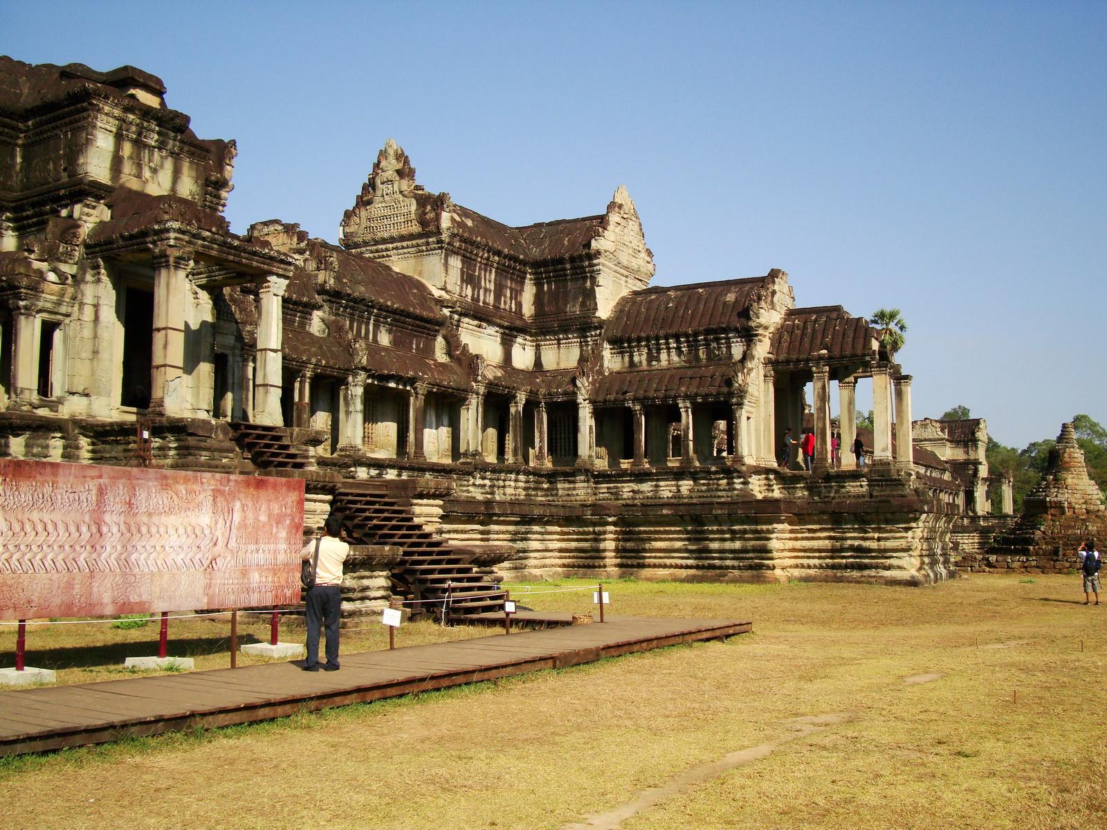 1 Angkor Wat notice board Churning of the sea of milk 0E