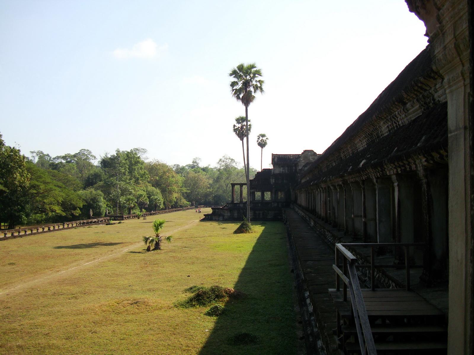 Angkor Wat Bas relief N Gallery W Wing Battle of Devas and Asuras 01