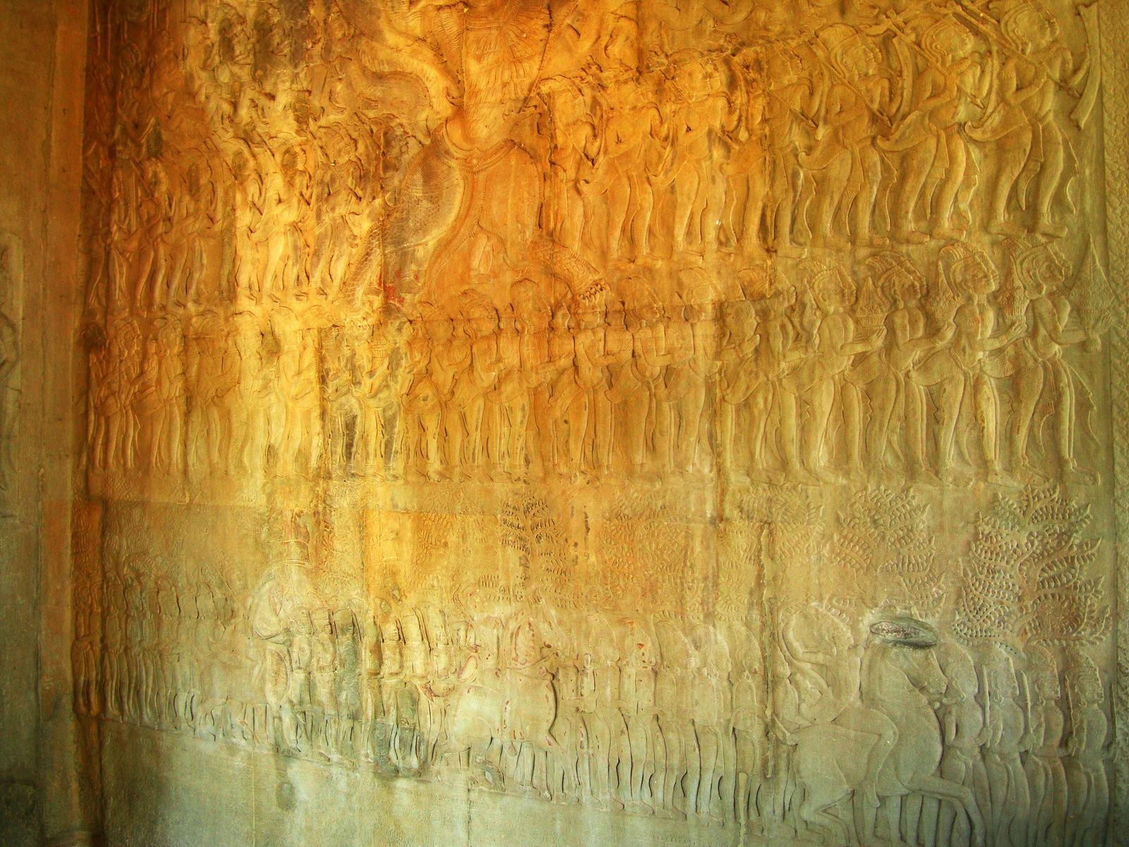 Angkor Wat Bas relief N Gallery W Wing Battle of Devas and Asuras 03