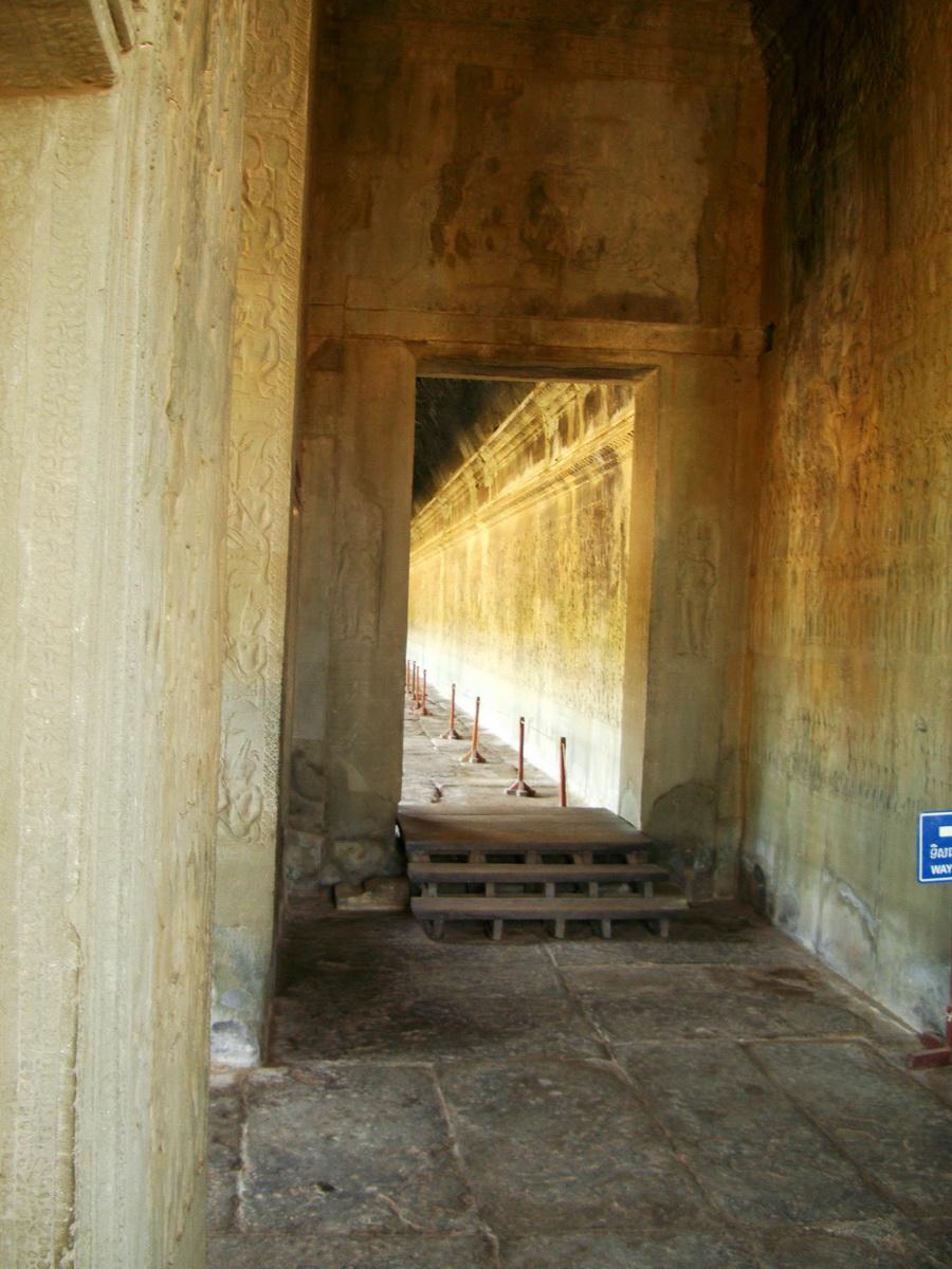 Angkor Wat Bas relief N Gallery W Wing Battle of Devas and Asuras 14