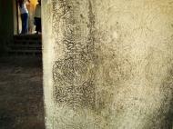 Asisbiz Angkor Wat Bas relief N Gallery W Wing decorative columns 01