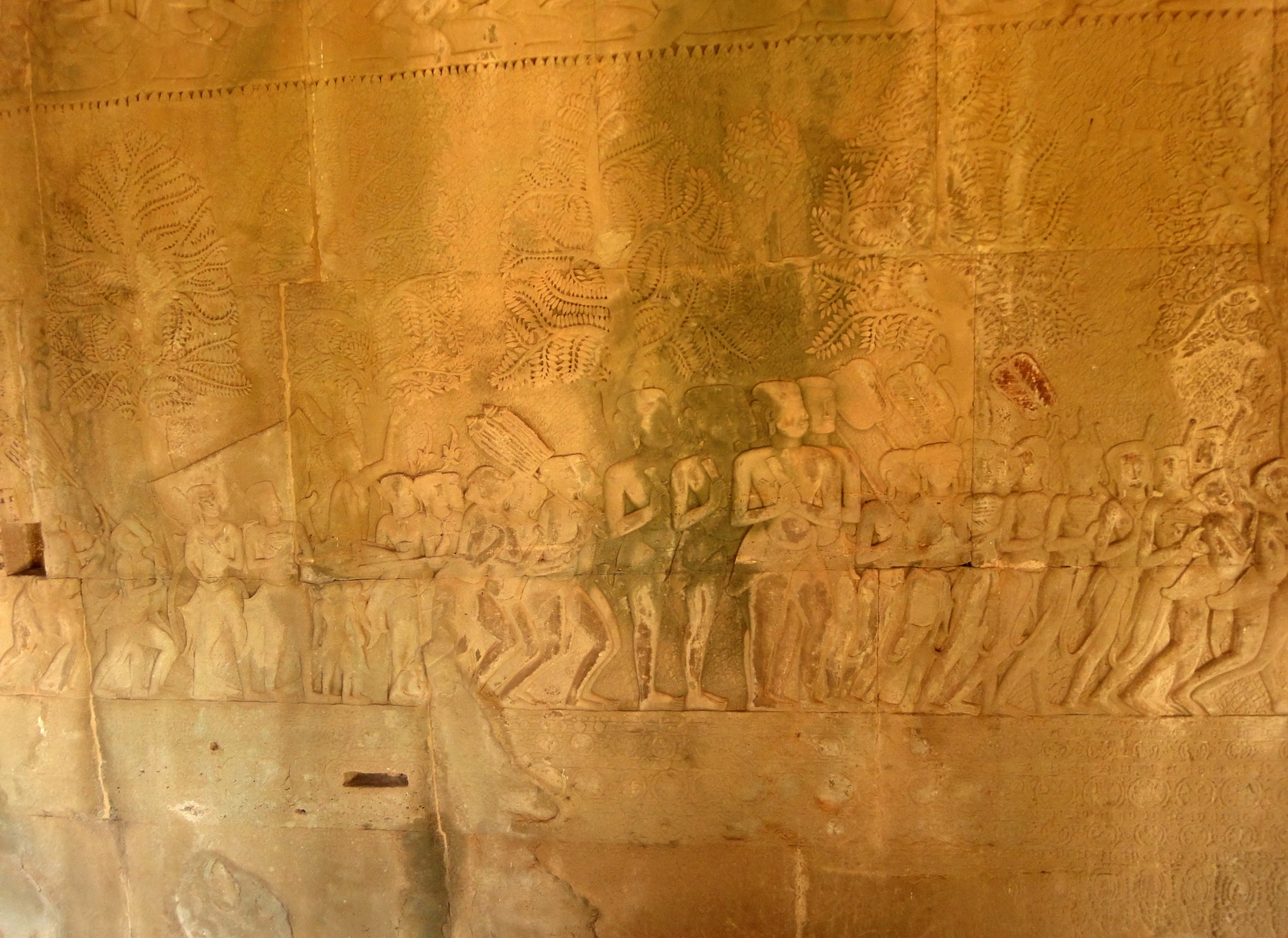 Angkor Wat Bas relief S Gallery W Wing Historic Procession 004