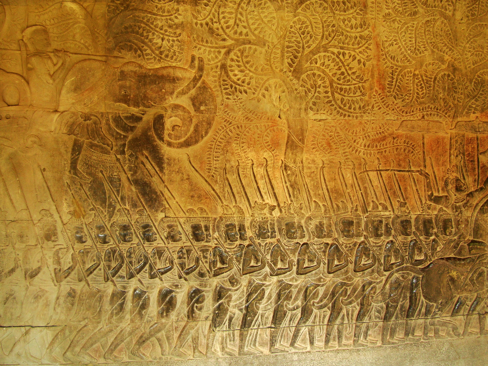 Angkor Wat Bas relief S Gallery W Wing Historic Procession 082
