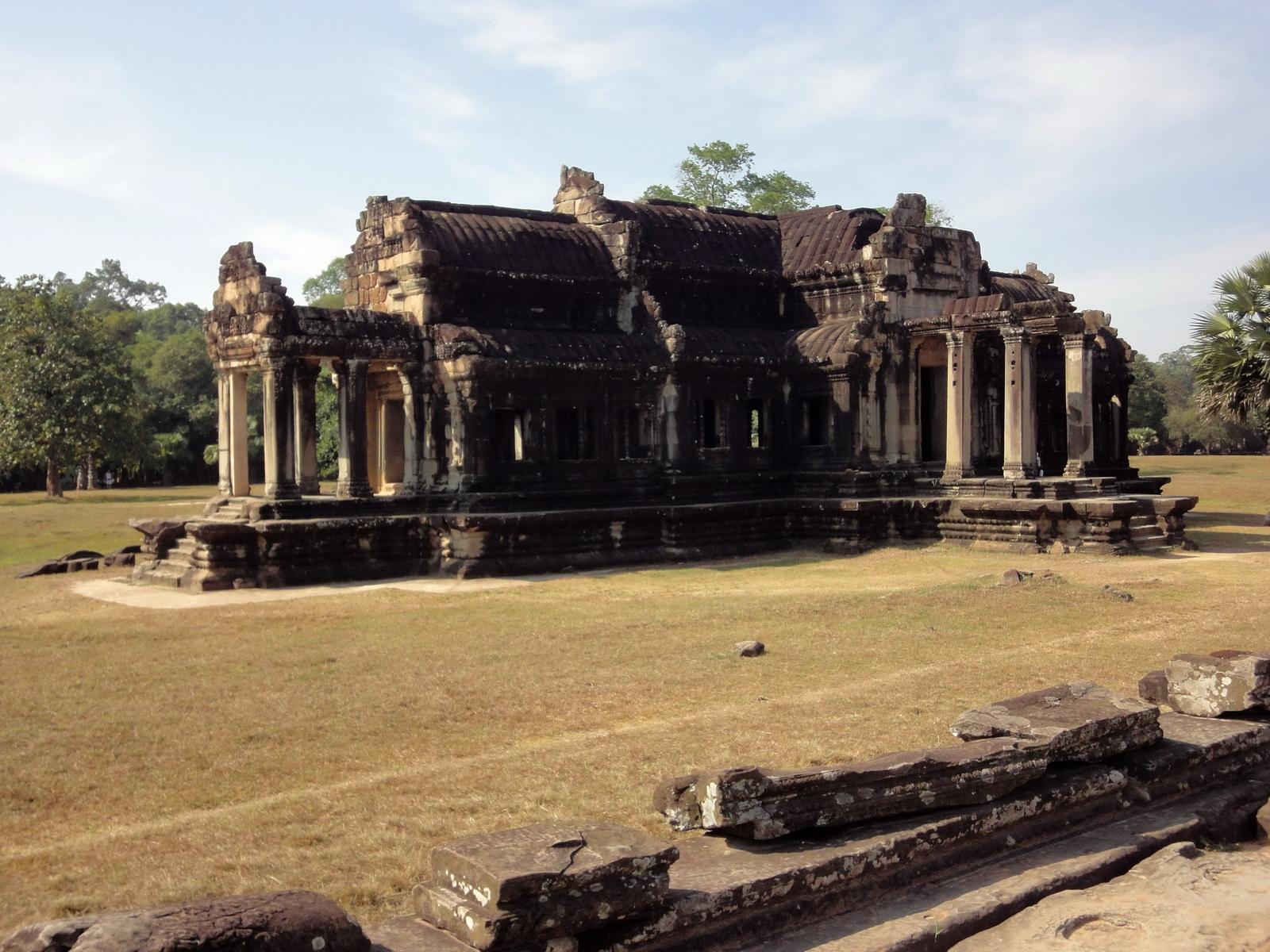 Angkor Wat Khmer architecture external library SW corner 02