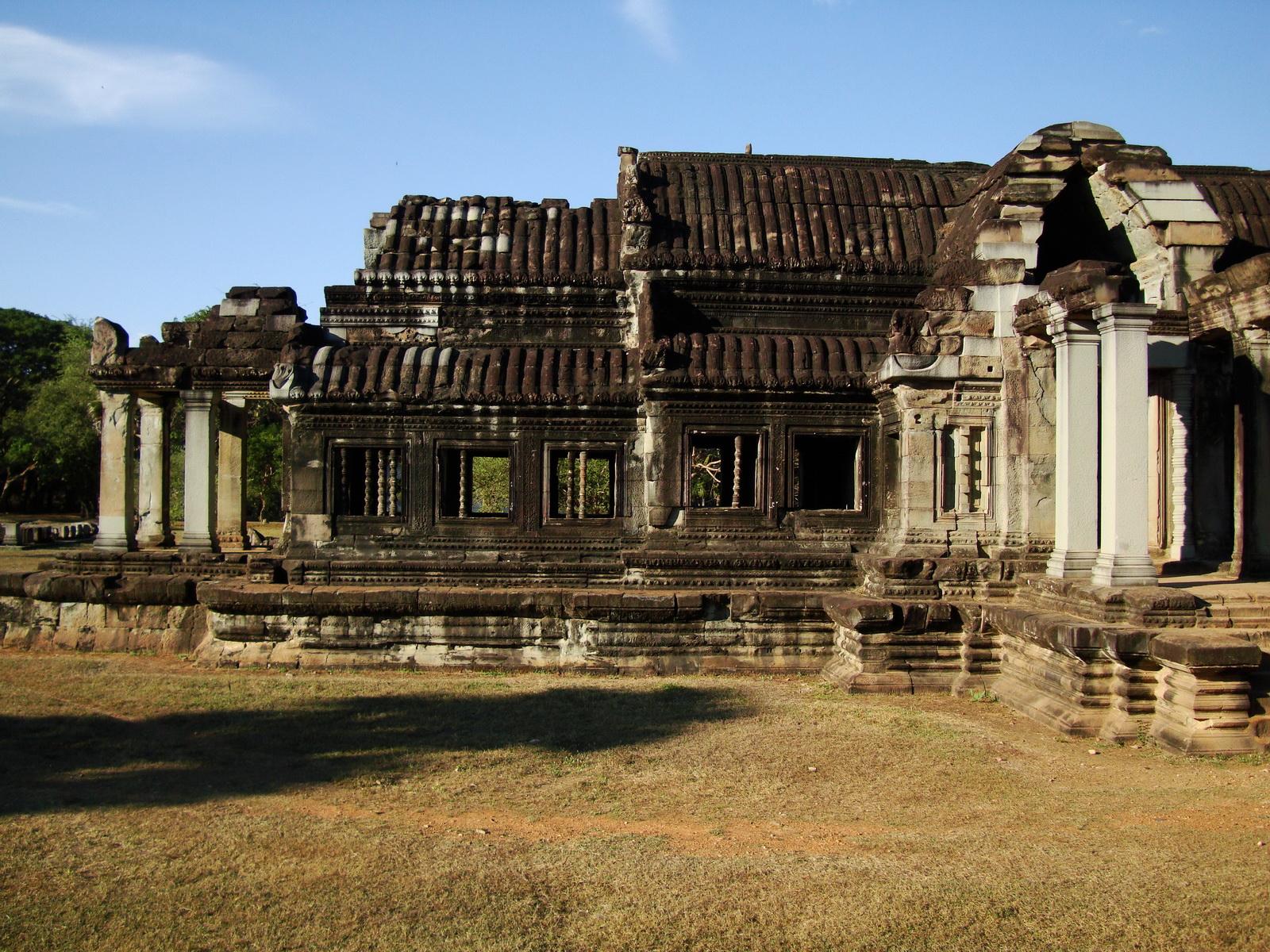Angkor Wat Khmer architecture external library SW corner 03