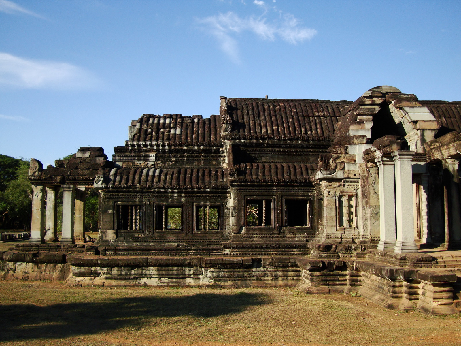 Angkor Wat Khmer architecture external library SW corner 04