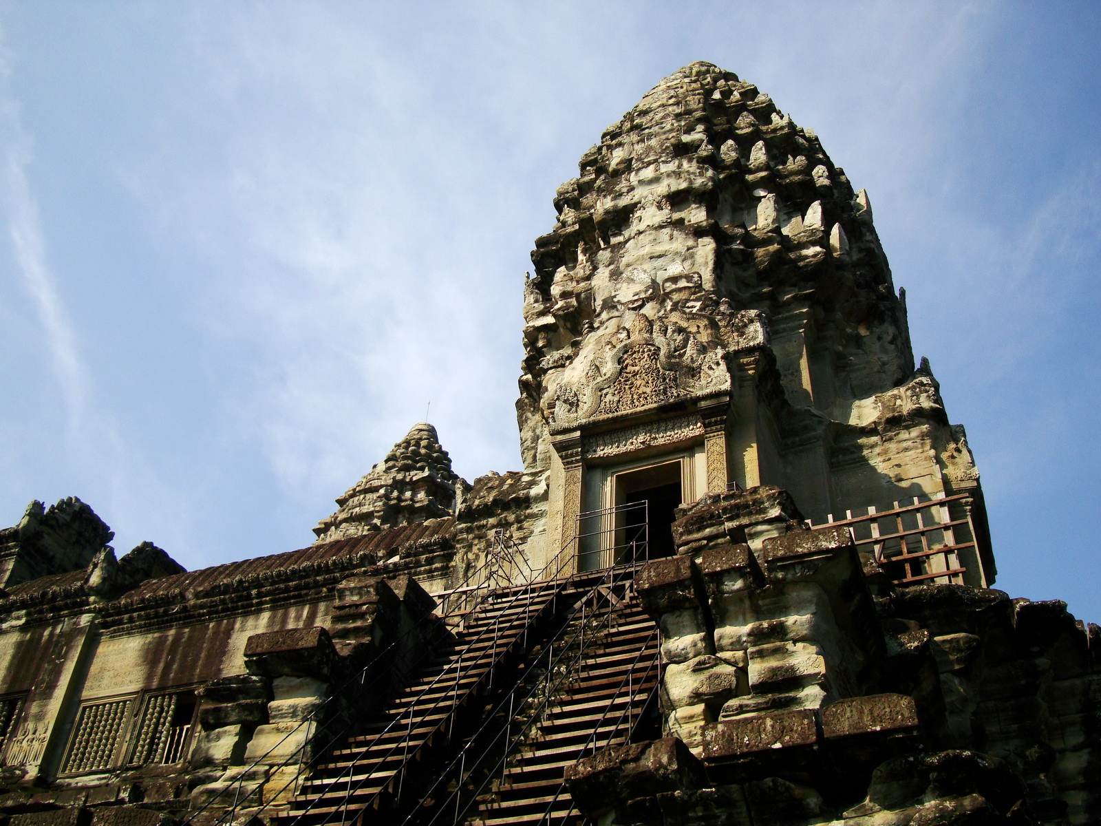 Angkor Wat Khmer architecture inner sanctuary towers 09