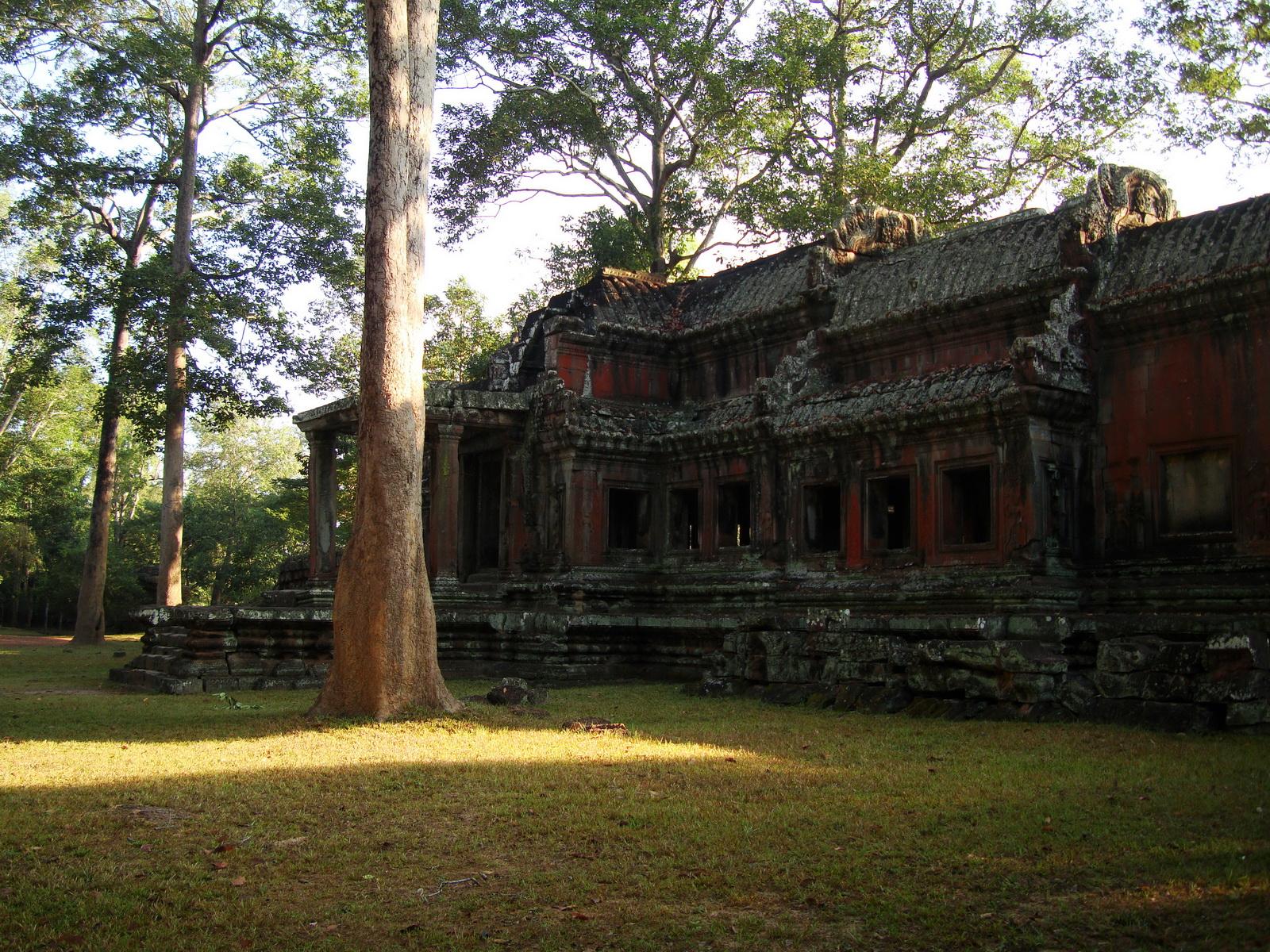 Angkor Wat approaches outer eastern Gopura Angkor Siem Reap 10