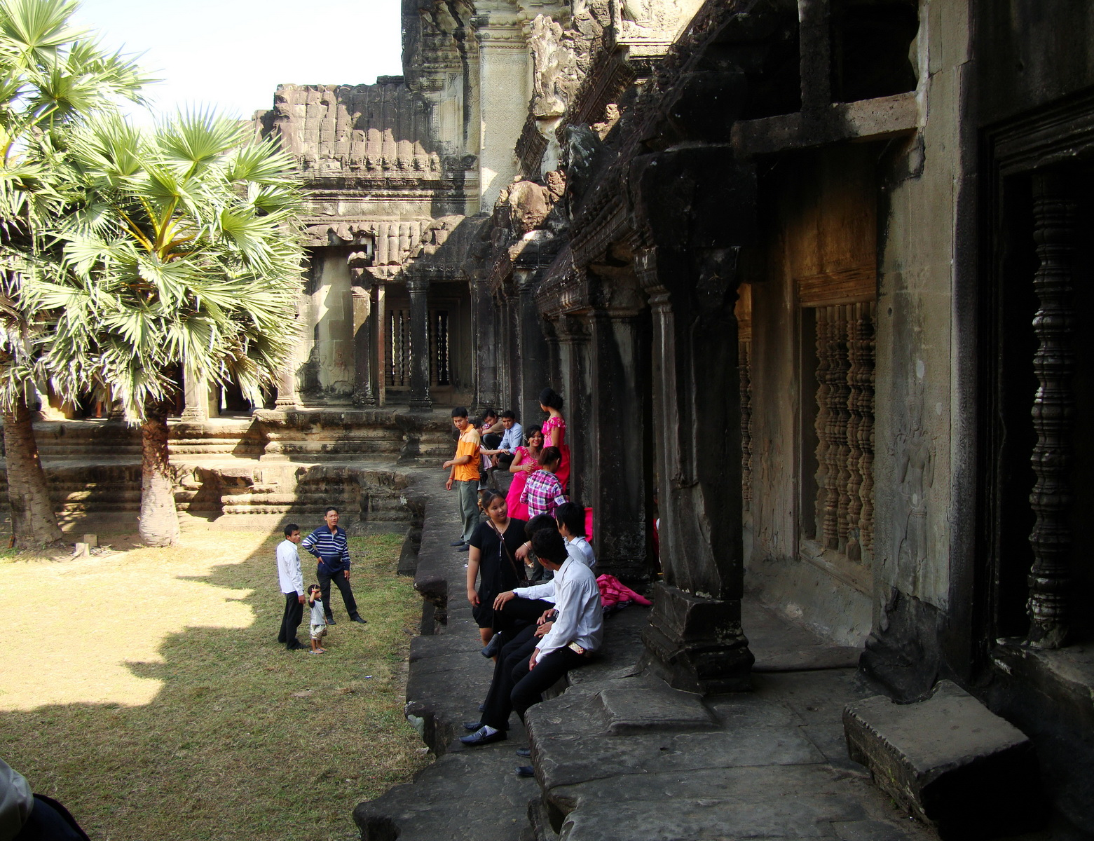 Angkor Wat panoramic views Western Gopura outside 03